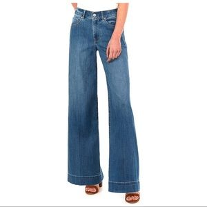 Express Wide Leg High Waisted Jeans, size 6, NWOT